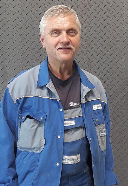 Josef Schuhmann, Obermonteur der Firma Finsterwald Stahlbau GmbH & Co.KG