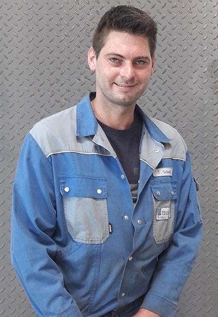 Thomas Schmidt,KFZ-Meister der Firma Finsterwald Stahlbau GmbH & Co.KG