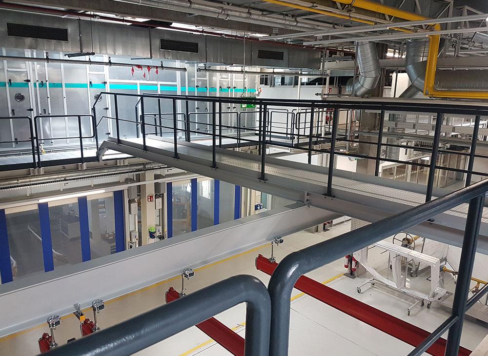 Stahlübergang hergestellt durch die Firma Finsterwald Stahlbau GmbH & Co.KG